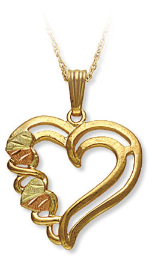 Black Hills Gold Heart Pendant with Split-Leaf Hearts