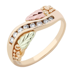Ladies Black Hills Gold Ring with Diamonds and Black Hills Gold leaves