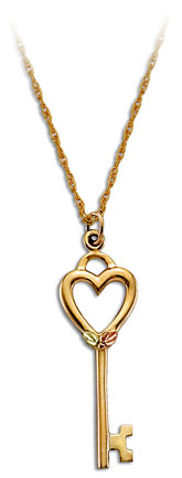 Black Hills Gold Key and Heart Pendant with Leaves in Yellow or Rose Gold