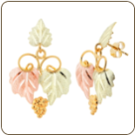 Black Hills Gold Classic Earrings with Leaves, for Pierced Ears (SKU: A106PD)