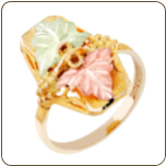 Ladies Classic Black Hills Gold Ring with Large Leaves (SKU: G LLR107)
