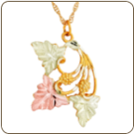 Black Hills Gold Pendant with Leaves and Grape Clusters (SKU: G LPE75)