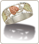 K4. Sterling Silver Mens Band with Black Hills Gold Leaves (SKU: MR2645SS)