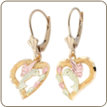 Black Hills Gold Hummingbird Heart Earrings with Black Hills Gold Leaves, leverback (SKU: 01595)