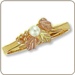 Black Hills Gold Ladies Pearl Ring (SKU: 02284)