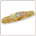 Ladies Black Hills Gold Ring with Diamond and Black Hills Gold leaves (SKU: 02423X-5)