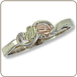 Sterling Silver Ladies Ring with Black Hills Gold Leaves (SKU: 02682SS)