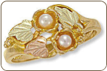 Black Hills Gold Ladies Pearl Ring (SKU: D2057)