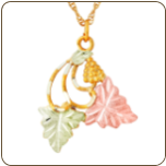 Black Hills Gold Pendant with Leaves and Grape Clusters (SKU: G LPE77)