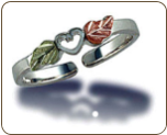 Sterling Silver Adjustable Toe Ring with Heart and Leaves (SKU: LR689SS)