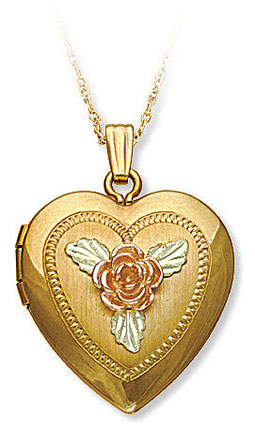 Black Hills Gold heart locket image 03330